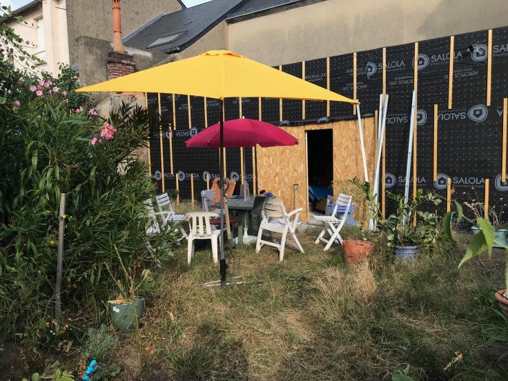 jardin chaises et extension.jpg