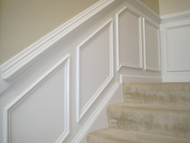 stairs molding.JPG